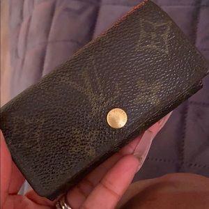 Louis Vuitton Monogram 4 key ring holder